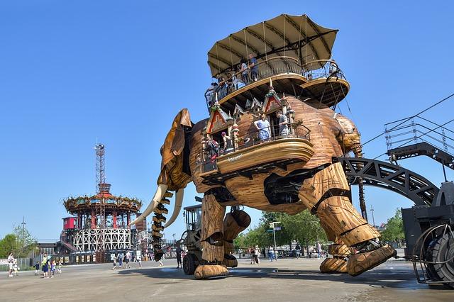 Venez rencontrer l'éléphant de Nantes